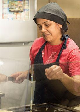 Fotografía-de-Mujer-Cocina-Fotografía-Profesional-Ñuñoa-Santiago